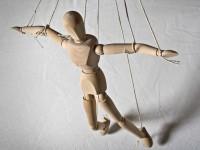 Как да се защитим от психологическия натиск?