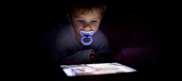 Компютърната зависимост, която забавя развитието на децата